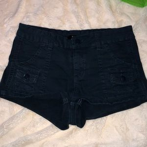 NEW SIZE 26 WOMAN'S S/M URBAN OUTFITTERS SHORTS